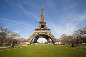 Artikelgebend ist die französische Hauptstadt Paris.