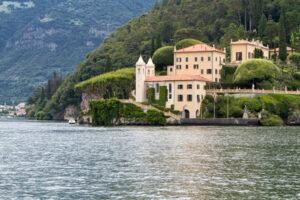 Villa del Balbanello bei Lenno am Comer See, Italien