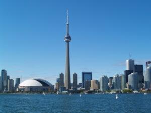 Der Artikel berichtet über Sehenswürdigkeiten in Toronto.
