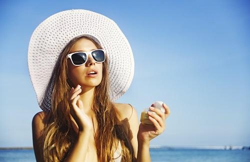 Mit Neurodermitis in den Strandurlaub: Das sollten Neurodermitiker beachten